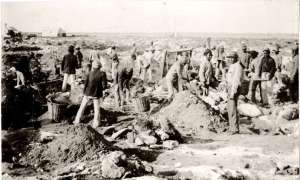 Guano mining at Broadhurst in WA, Australia